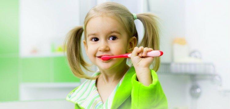 Cepillado dental infantil
