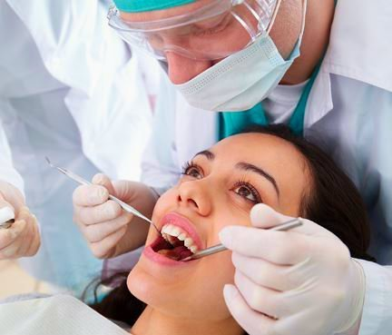 Tratamiento de odontología general en malaga