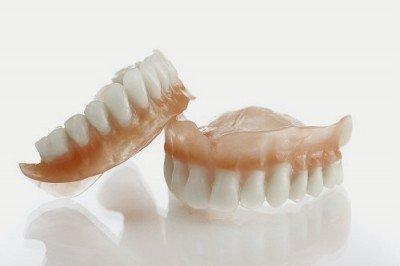 Prótesis dental artículo